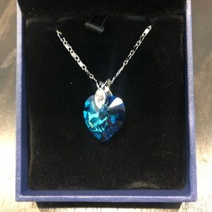 Jewelry - Lovely Blue Heart Crystal Pendant Necklace